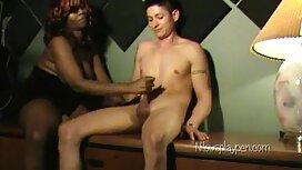 Cô phim xxx xvideo mông đưa cô gái trên bàn